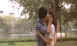 'Zippo, mù tạt và em' kết thúc với nụ hôn bất ngờ