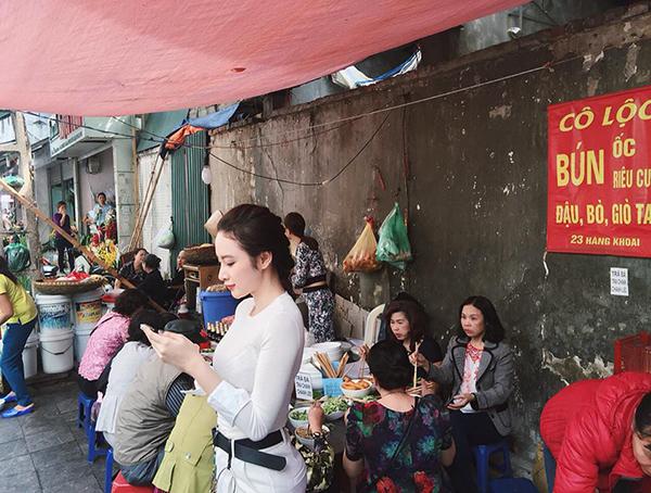 sao-viet-4-11-ngo-thanh-van-khoe-dang-tuoi-tre-phuong-trinh-an-bun-via-he-9