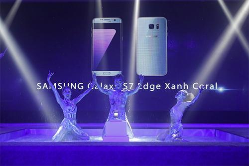 galaxy-s7-edge-mau-xanh-san-ho-duoc-mo-ban-tai-the-gioi-di-dong-2