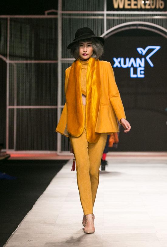 chi-pu-lan-dau-de-toc-nhu-bup-be-dat-cun-di-tren-san-catwalk-7