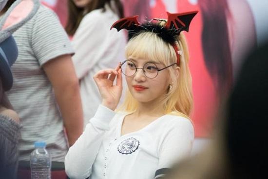 loat-sao-han-phat-cuong-voi-kinh-gong-tron-ngo-cute-2