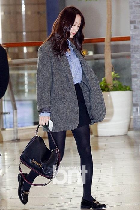 seo-hyun-krystal-nhot-nhat-mat-ngai-ngu-khi-ra-san-bay-2