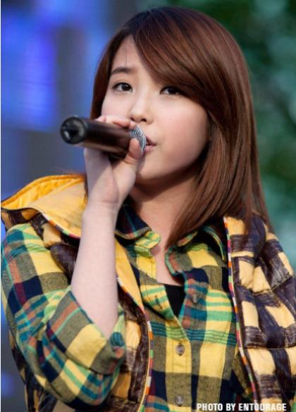 9-idol-kpop-om-mong-thanh-sao-de-thoat-ngheo