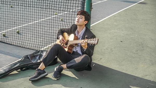 Huỳnh Anh lấn sân ca hát sau vai trò diễn viên, đạo diễn.