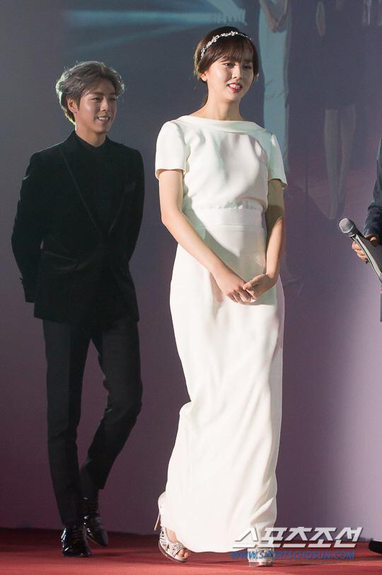 kim-so-hyun-co-nang-dac-biet-yeu-thich-mau-trang-4