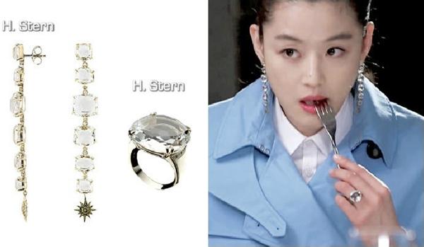 nu-trang-dang-cap-cua-jun-ji-hyun-trong-2-phim-hot-12