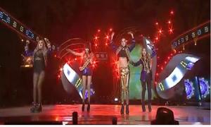 Màn trình diễn cuối cùng của 2NE1