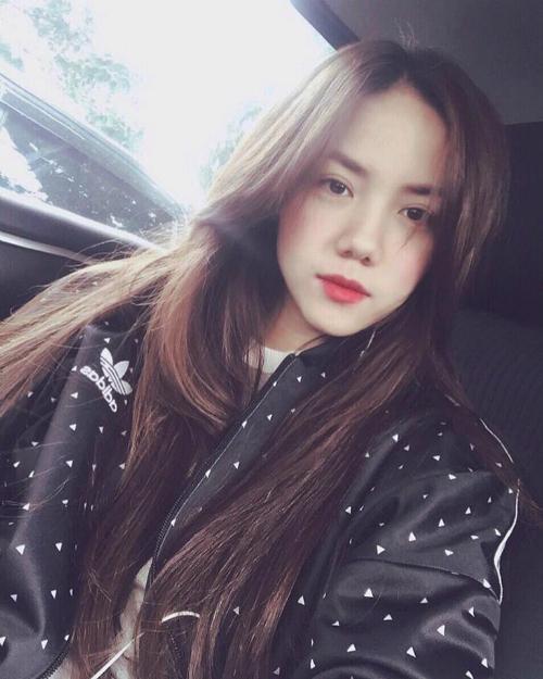 nhung-mau-son-duoc-hot-girl-sao-viet-bo-ket-dip-thu-dong-9
