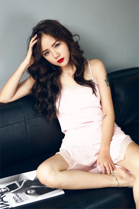 hot-girl-phuong-ly-khong-can-ho-van-dep-sexy-hut-mat