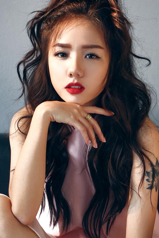 hot-girl-phuong-ly-khong-can-ho-van-dep-sexy-hut-mat-4