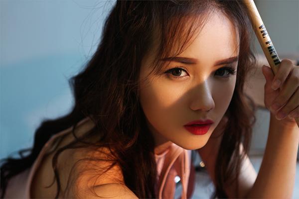 hot-girl-phuong-ly-khong-can-ho-van-dep-sexy-hut-mat-5