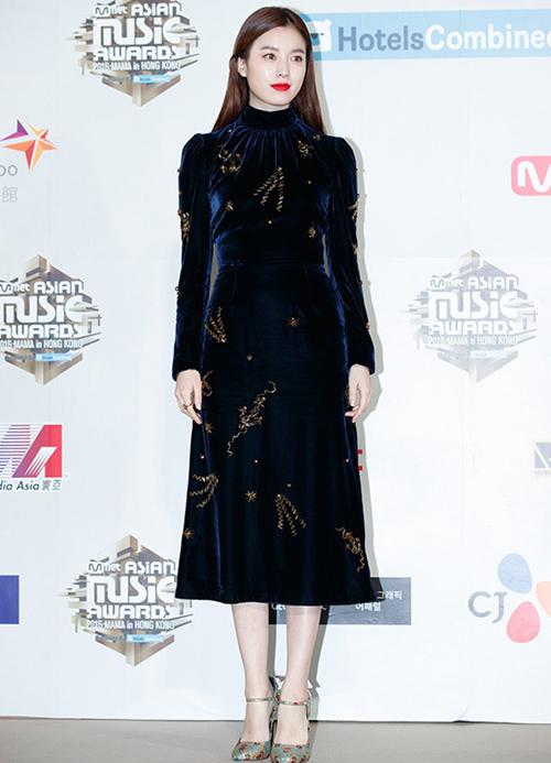 dan-sao-kpop-update-xu-huong-trang-phuc-nhung-tai-mama-4