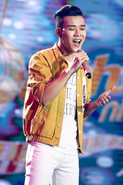 chang-trai-16-tuoi-khien-hlv-sing-my-song-ra-suc-chieu-du-7