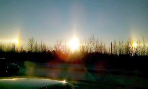 Hiện tượng hiếm: 3 'Mặt trời' xuất hiện cùng lúc