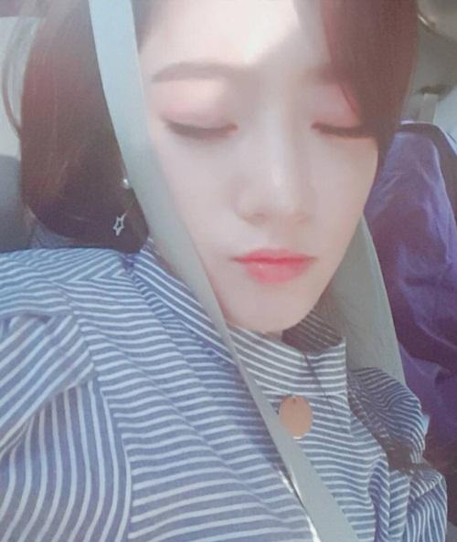 sao-han-7-12-baek-hyun-to-tinh-suho-jessica-khoe-chan-thon-nuot-voi-vay-ngan-7