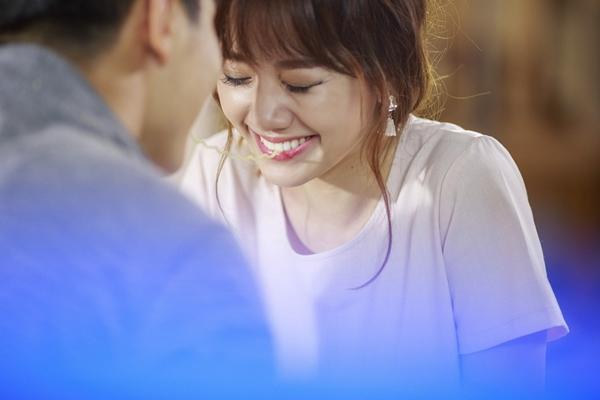 hari-won-nguong-ngung-dong-tinh-nhan-voi-ban-trai-chung-huyen-thanh-6