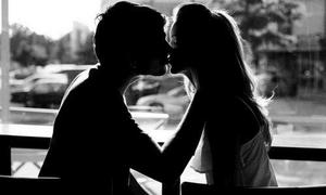 Bạn có niềm tin sâu sắc vào 'tiếng sét ái tình'?