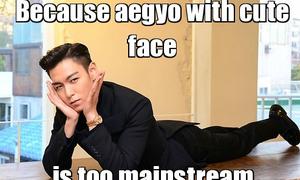 Nam thần 'mặt lạnh' Kpop làm aegyo: Kẻ dễ thương, người 'thảm họa'