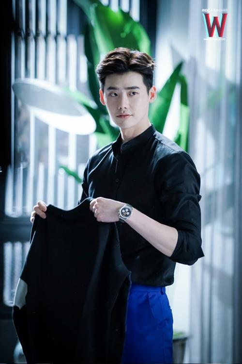 nam-chinh-phim-han-dong-dieu-voi-cung-hoang-dao-10