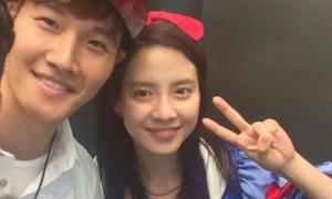 Song Ji Hyo, Kim Jong Kook rời 'Running Man', fan đòi nghỉ xem show