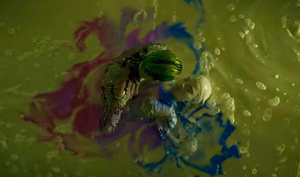 nhung-chi-tiet-phim-bom-tan-2016-khien-khan-gia-am-anh-vi-qua-do-1