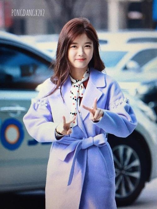 bi-sung-ma-kim-yoo-jung-van-duoc-khen-xinh-3