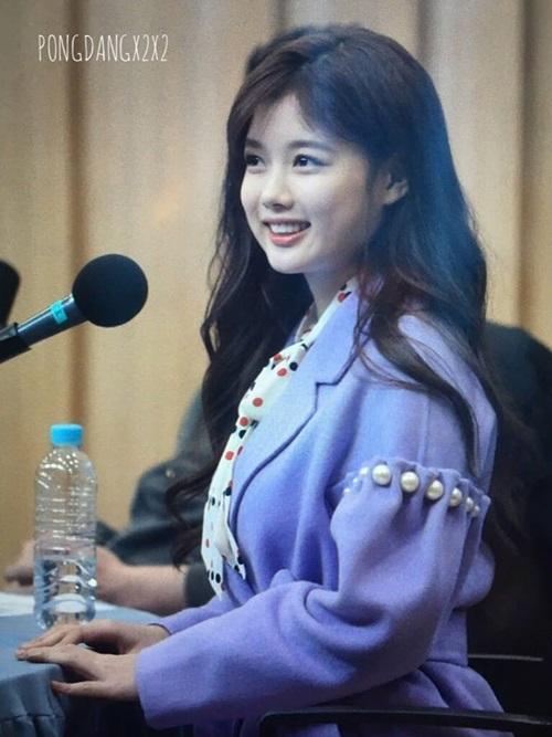 bi-sung-ma-kim-yoo-jung-van-duoc-khen-xinh-5
