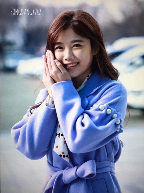 bi-sung-ma-kim-yoo-jung-van-duoc-khen-xinh-2