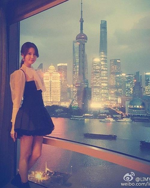 sao-han-15-12-lee-jong-suk-hen-ho-kim-woo-bin-park-shin-hye-dien-vay-cuoi-6