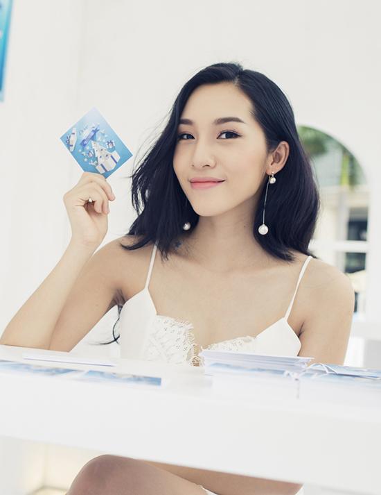 emily-nhu-cong-chua-tuyet-khoe-da-trang-dang-nuot-5