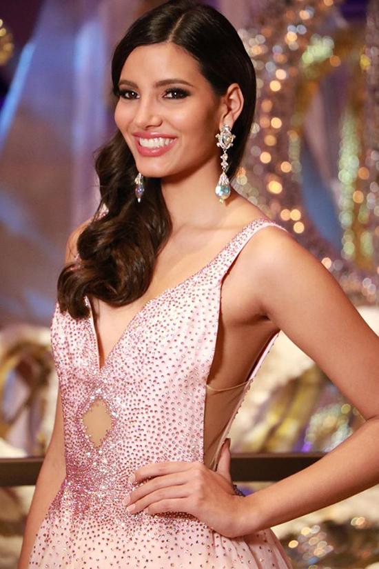 viet-nam-trang-tay-puerto-rico-dang-quang-miss-world-2016-1