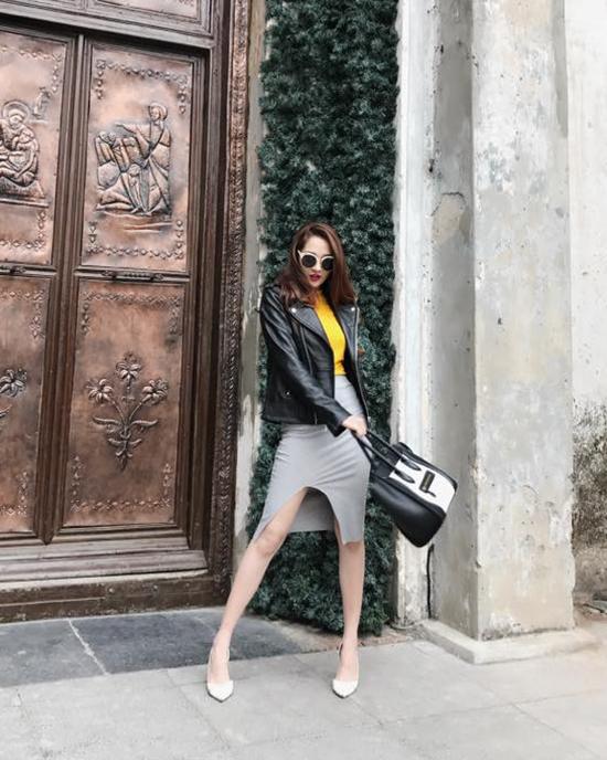 street-style-sao-viet-tuan-qua-nguoi-ao-long-kin-mit-ke-vay-voc-mat-me-11