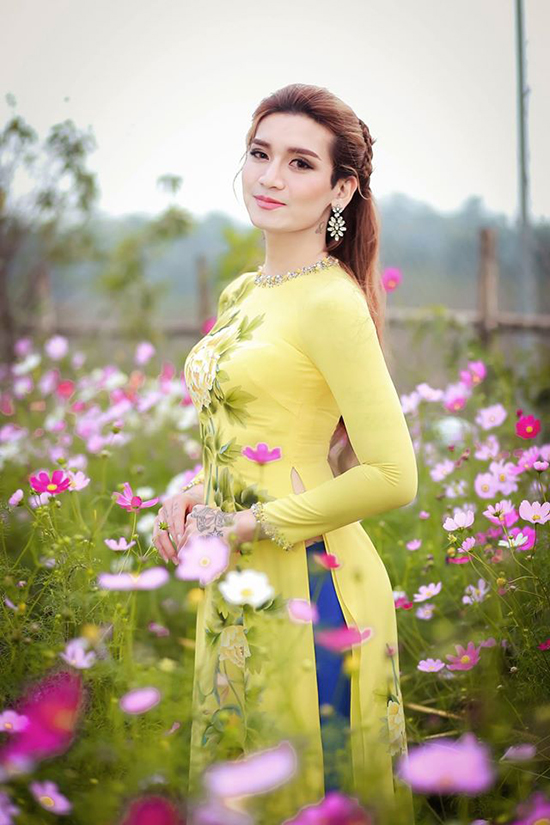 sao-viet-20-12-ngoc-trinh-dim-chieu-cao-ban-trai-hari-won-manh-mai-voi-vay-cuoi-9