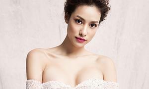 Lilly Nguyễn khoe vòng 1 sexy với váy 'như sắp rơi'