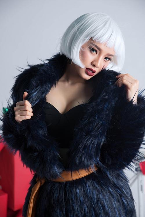 sao-viet-don-giang-sinh-nguoi-nhi-nhanh-ke-sexy-11