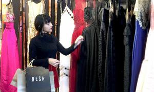Châu Bùi lang thang shopping ở Tràng tiền plaza dịp khuyến mãi