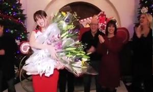 Ngọc Trinh được chào đón như 'bà hoàng' tại tiệc của bạn trai tỷ phú