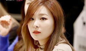 Seul Gi (Red Velvet) được khen hết lời vì ga lăng