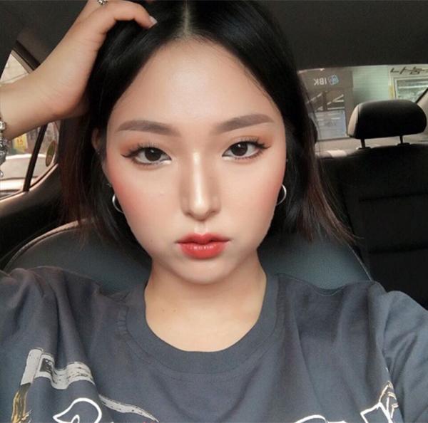 khong-can-dao-keo-hot-girl-han-mat-mot-mi-van-xinh-5