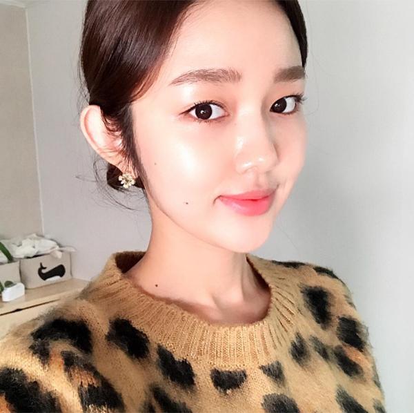 khong-can-dao-keo-hot-girl-han-mat-mot-mi-van-xinh-7