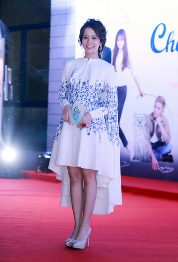 an-nguy-lan-luot-dung-vay-ky-duyen-phuong-trinh-4