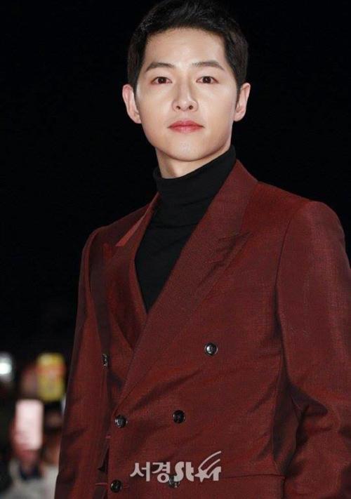 kbs-drama-awards-song-joong-ki-song-hye-kyo-dat-dinh-cao-nhan-sac-1