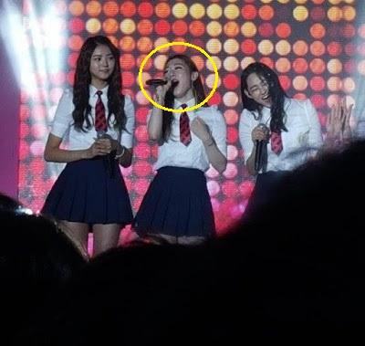 3-lan-idol-kpop-gay-sot-vi-phan-ung-kho-do-khi-dong-doi-len-not-cao-1