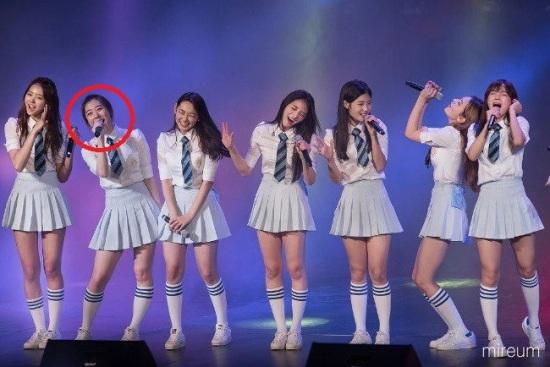 3-lan-idol-kpop-gay-sot-vi-phan-ung-kho-do-khi-dong-doi-len-not-cao-3