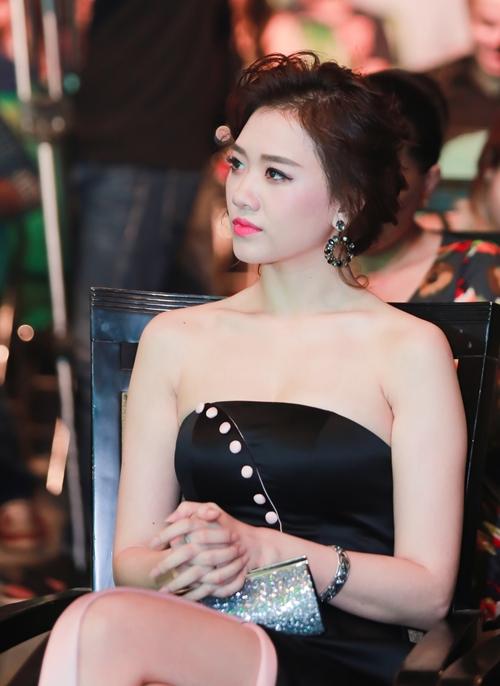 hari-won-bi-bao-anh-vuot-mat-gianh-giai-ca-si-trien-vong-1