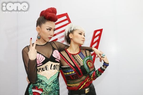 hlv-the-voice-chat-chem-nhau-bang-nhung-kieu-dau-ca-tinh-6