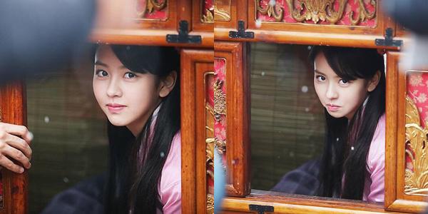sao-han-4-1-kim-so-hyun-hoa-my-nu-co-trang-hyo-min-lan-ra-duong-dong-phim-1