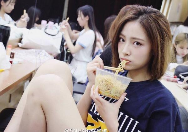 netizen-han-dien-dao-truoc-nhan-sac-cua-yoon-ah-va-suzy-phien-ban-trung-14