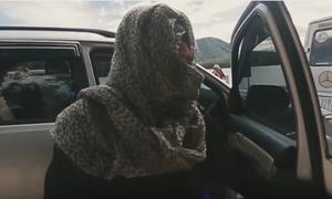 Hậu trường siêu nhắng trong MV 'Lạc trôi'