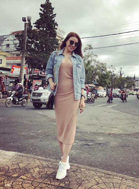 street-style-chat-choi-het-co-cua-sao-hot-girl-viet-tuan-qua-7